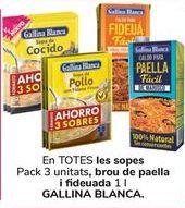 Oferta de En TODAS las sopas Pack 3 unidades, caldo de paella y fideuá GALLINA BLANCA por