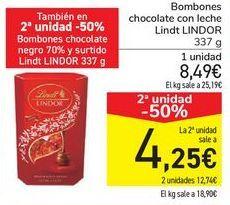 Oferta de Bombones chocolate con leche Lindt LINDOR  por 8,49€
