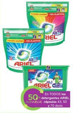 Oferta de En TODOS los detergentes ARIEL cápsulas por