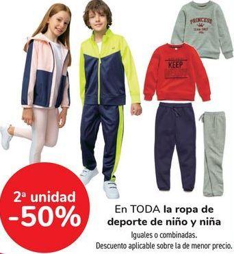 Oferta de En TODA la ropa de deporte de niño y niña, iguales o combinadas  por