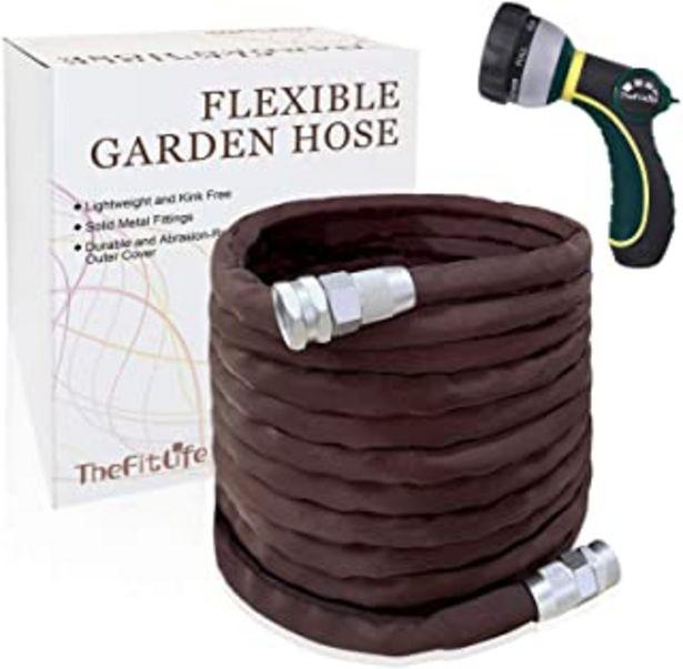 Oferta de Manguera de jardín flexible y duradera TheFitLife: con boquilla multifunción y accesorios de metal sólido, resistente al d... por 15,99€