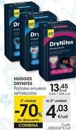 Oferta de HUGGIES DRYNITES Pañales  por 13,45€