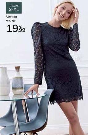 Oferta de Vestrido encaje  por 19,99€