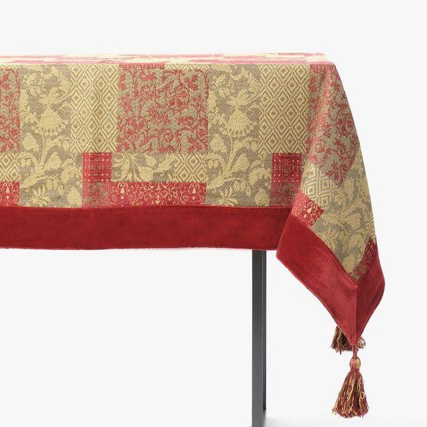Oferta de Mantel Jacquard con Flecos Rojo 110x110 cm por 27,99€