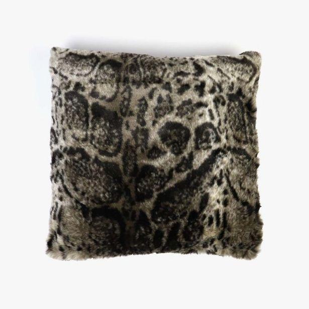 Oferta de Funda Cojín Leopardo Pelo 45x45 cm por 17,99€