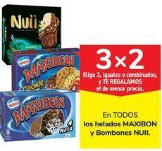 Oferta de En TODOS los helados MAXIBON y Bombones NUII por