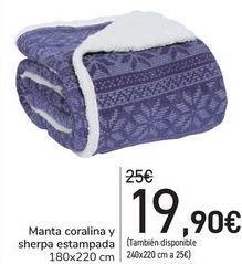 Oferta de Manta coralina y sherpa estampada  por 19,9€