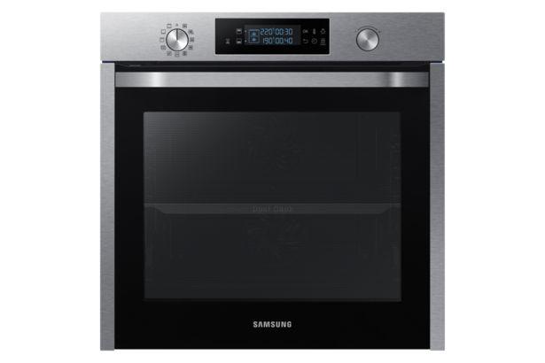 Oferta de Horno Pirolítico Dual Cook 75L NV75K5571RS por 699€