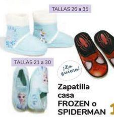 Oferta de Zapatillas casa FROZEN o SPIDERMAN  por 12€