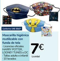 Oferta de Mascarilla higiénica reutilizable con funda de tela por 7€