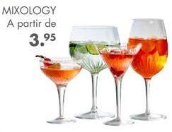 Oferta de MIXOLOGY Copa de cóctel transparente A 14 cm; Ø 9.5 cm por 3,95€