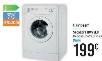 Oferta de Secadora IDV75EU Indesit  por 199€