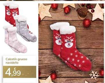 Oferta de Calcetín grueso navideño  por 4,99€