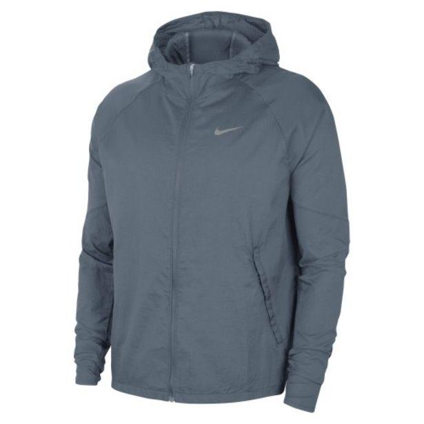 Oferta de Nike essential men's running jacket por 62,99€