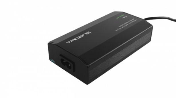 Oferta de Adapt tac portatil universal 100w por 16,3€
