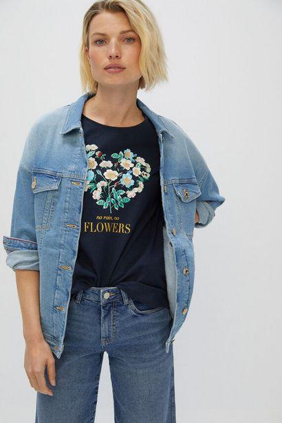 Oferta de Camiseta estampado floral por 9,99€