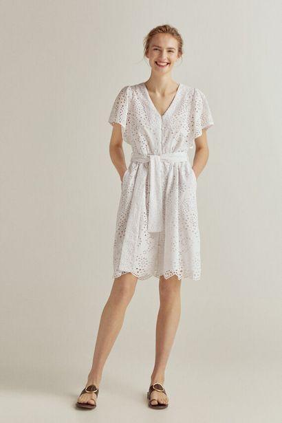 Oferta de Vestido corto con tejido bordado por 49€