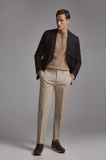 Oferta de Pantalón chino fácil plancha y anti manchas travel regular por 19,99€