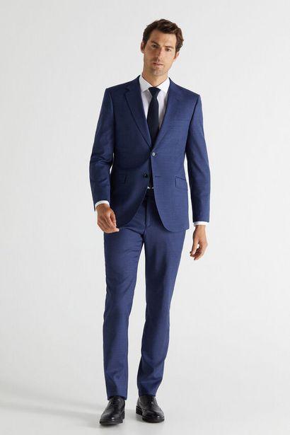 Oferta de Pantalón azul antimanchas slim fit por 79,99€