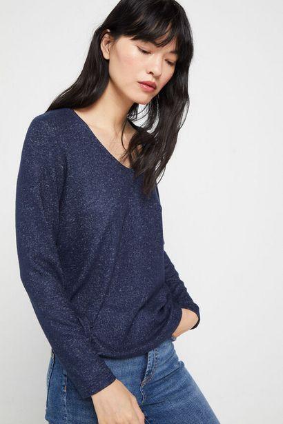 Oferta de Camiseta escote pico tacto suave por 14,99€