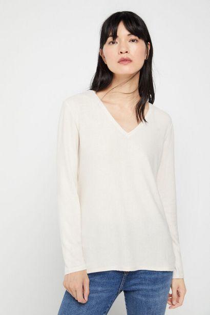 Oferta de Camiseta pico tacto suave por 14,99€