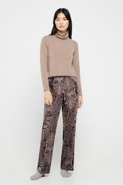 Oferta de Pantalón de terciopelo estampado por 11,99€