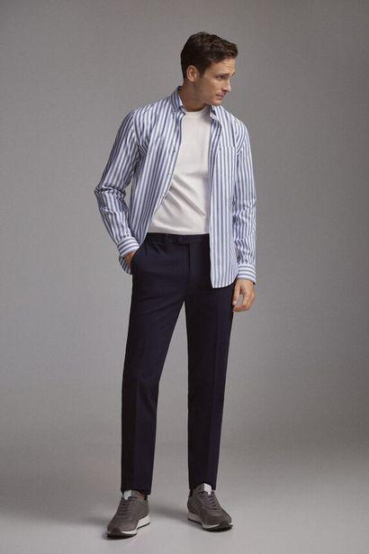 Oferta de Pantalón chino premium flex slim por 19,99€
