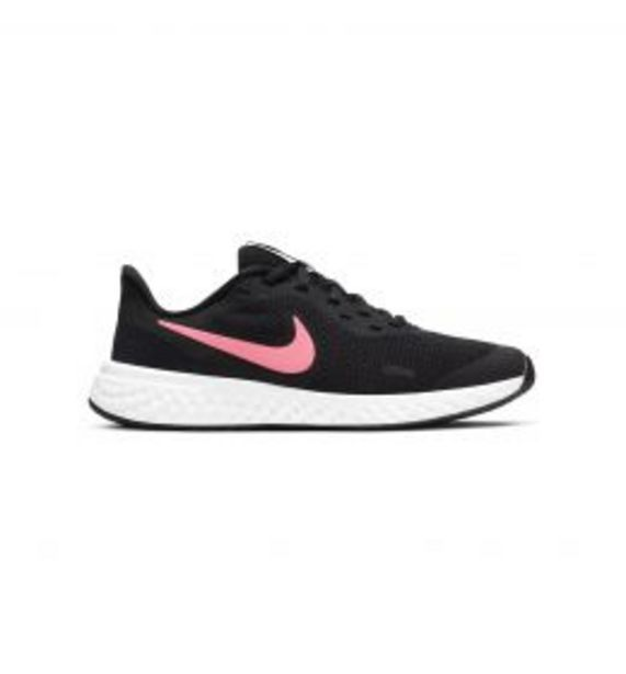 Oferta de Nike Revolution 5 big Kids' por 39,99€