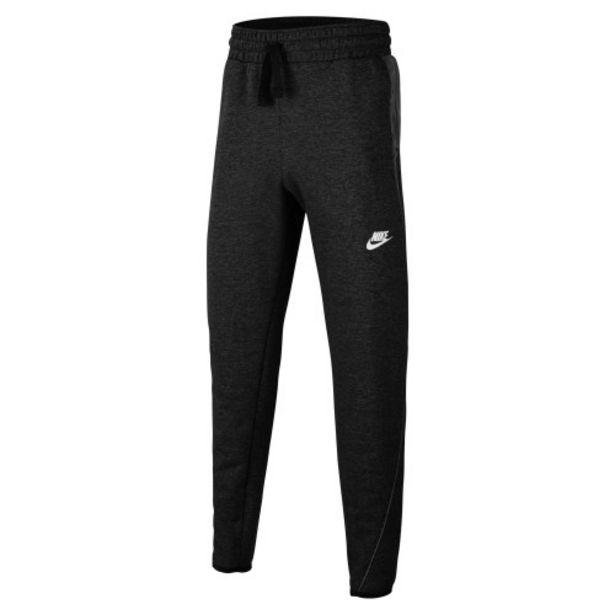Oferta de Nike sportswear big kids' (boys') p por 31,99€
