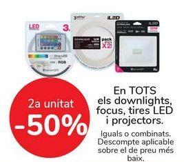 Oferta de En TODOS los downlight, focos, tiras LED y proyectores, iguales o combinados   por