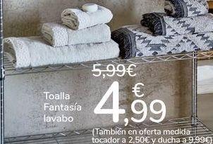 Oferta de Toallas Fantasía lavabo  por 4,99€