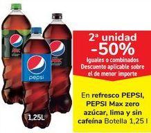 Oferta de En refrescos PEPSI, PEPSI Max Zero azúcar, lima y sin cafeína  por