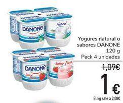 Oferta de Yogures natural o sabores DANONE  por 1€