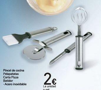 Oferta de Pinceles de cocina Pelapatatas Corta Pizza Batidor  por 2€