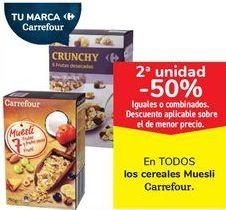 Oferta de En TODOS los cereales Muesli Carrefour  por