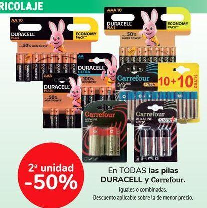 Oferta de En TODAS las pilas DURACELLA y Carrefour, iguales o combinados  por