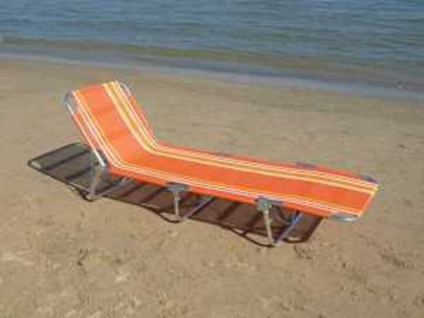 Oferta de Tumbona Plegable Playa Mod. W0004 rayas naranjas por 39€