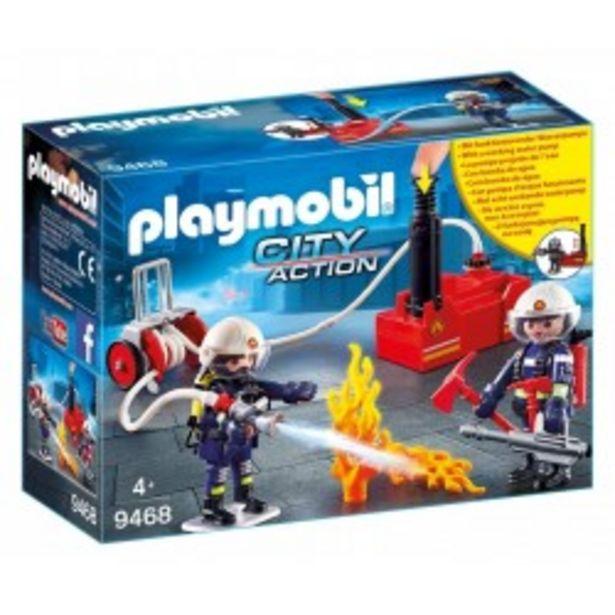 Oferta de  Playmobil Bomberos con bomba de agua  por 21,75€
