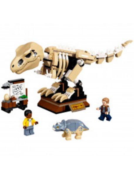Oferta de LEGO JURASSIC WORLD: EXPOSICIÓN DEL DINOSAURIO T. REX FOSILIZADO por 39,9€