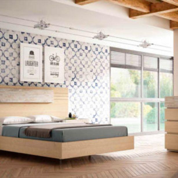 Oferta de Dormitorio moderno de matrimonio acabado en roble aserrado y vintage por 1093€