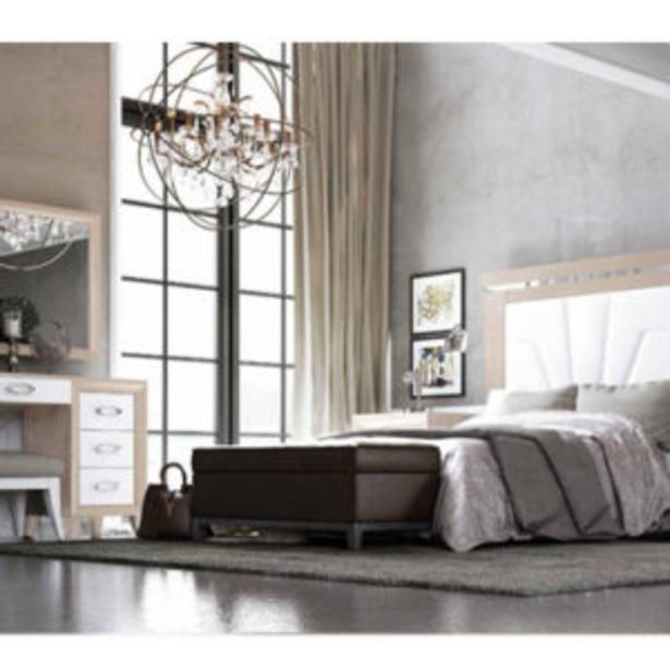 Oferta de Dormitorio neoclásico de matrimonio acabado en roble delicate y blanco por 1444€