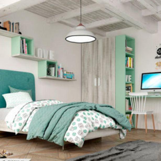 Oferta de Dormitorio juvenil completo con acabados en color coral y verde por 1180€