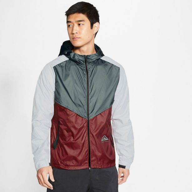 Oferta de Nike · Cortavientos Windrunner por 81,65€