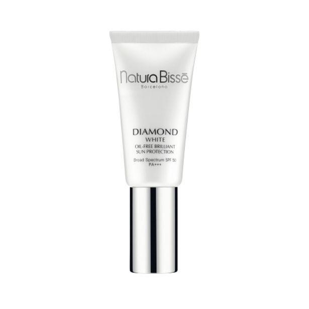 Oferta de Natura bisse diamond white spf 50 pa+++ oil-free brilliant ... por 71,6€