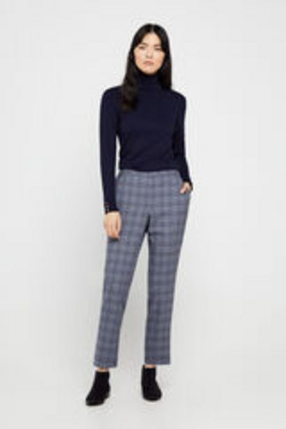 Oferta de Pantalón corte chino por 15,99€