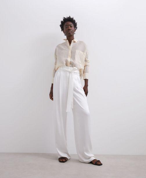 Oferta de Pantalón blanco corte recto por 39€