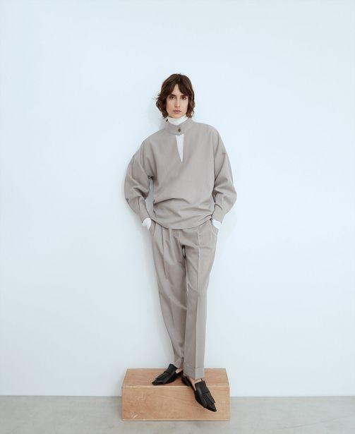 Oferta de Blusa cuello mao escote pico por 49€