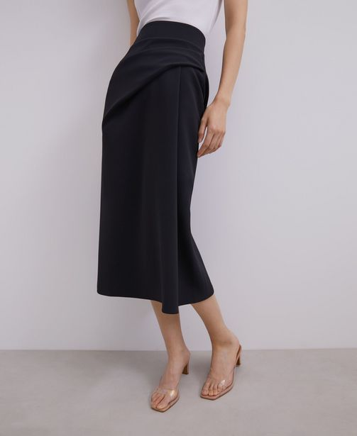 Oferta de Falda midi con pliegues por 49€