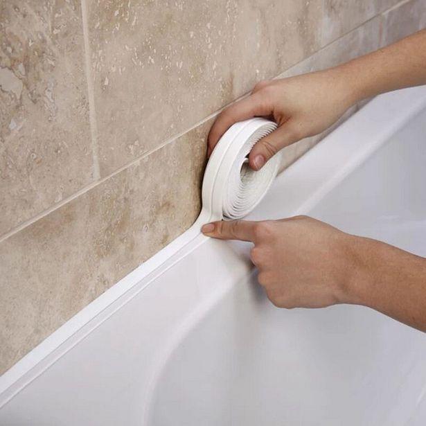 Oferta de Cinta adhesiva de PVC para el fregadero del baño por 3,5€