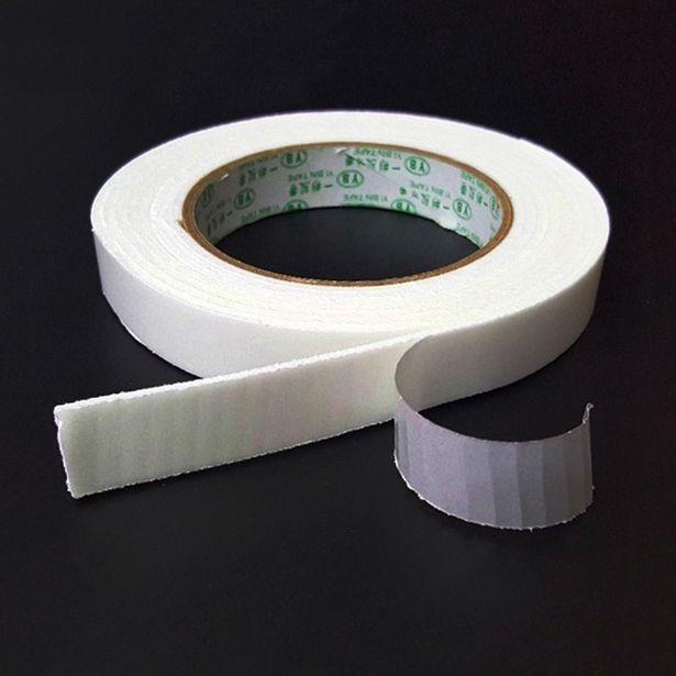 Oferta de Cinta adhesiva de doble cara superfuerte de 3M por 1,65€